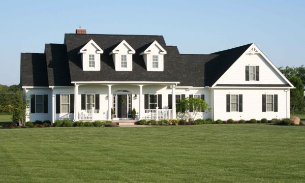 Dream home plans the classic cape cod houseplansblog for Cape cod house characteristics