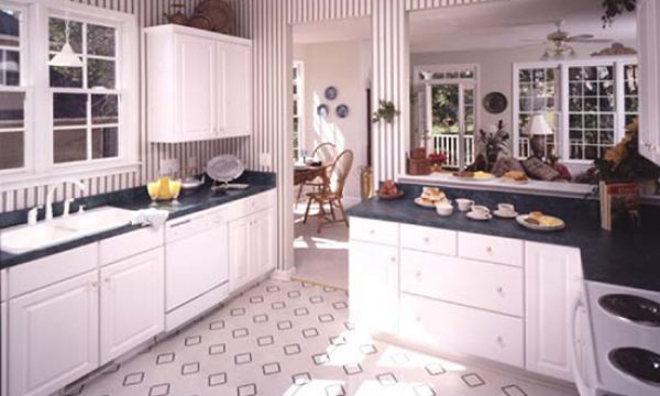 Kitchen flooring the pros cons of hardwood tile more for Kitchen flooring options pros and cons