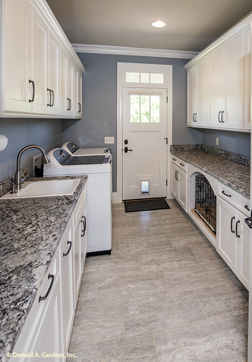 Pet friendly home plan - The Chesnee #1290