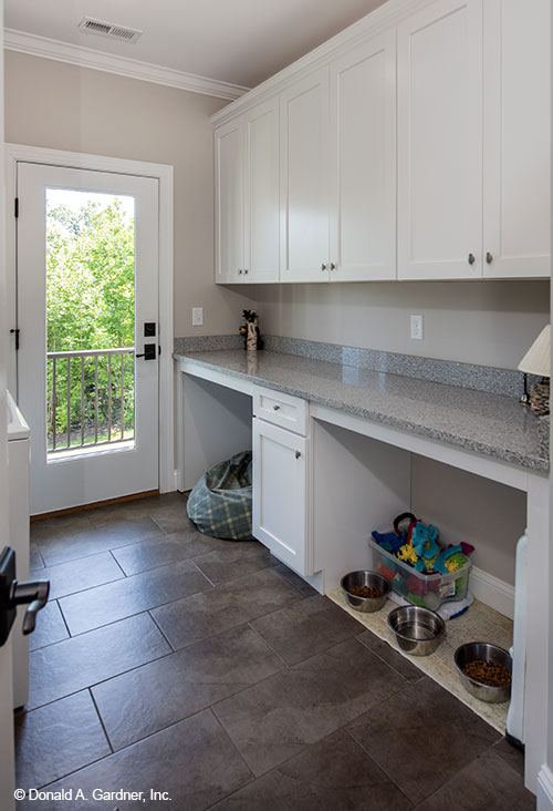 Mudroom Designs Tips For Utility Laundry Room Layout