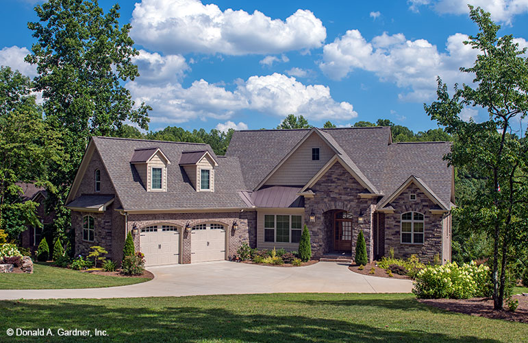 Follow these tips before building your dream home plan.
