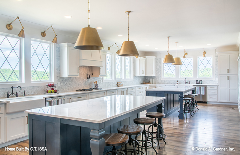 Double islands are one of the top kitchen trends.
