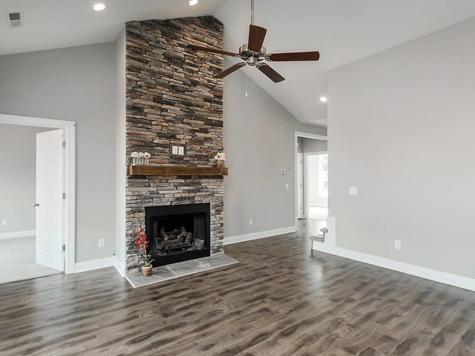 Great room of The Valmead Park plan 1153.