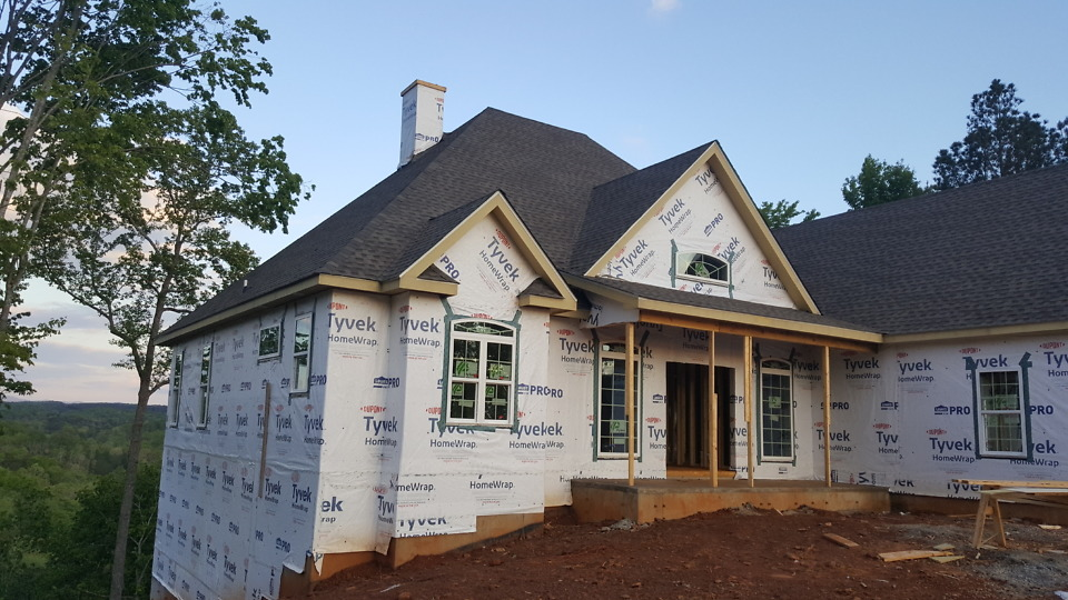 Roofing on The Somersby Plan 1143-D.