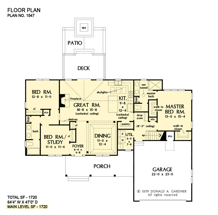 First floor of The Marisol house plan 1547.