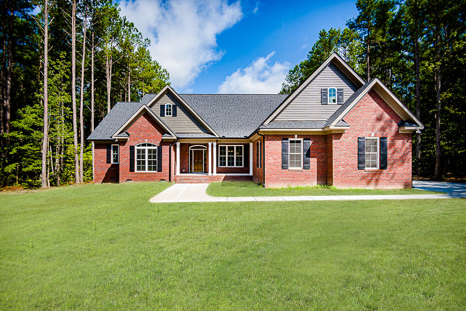 The Satchwell house plan 967 is move-in ready.