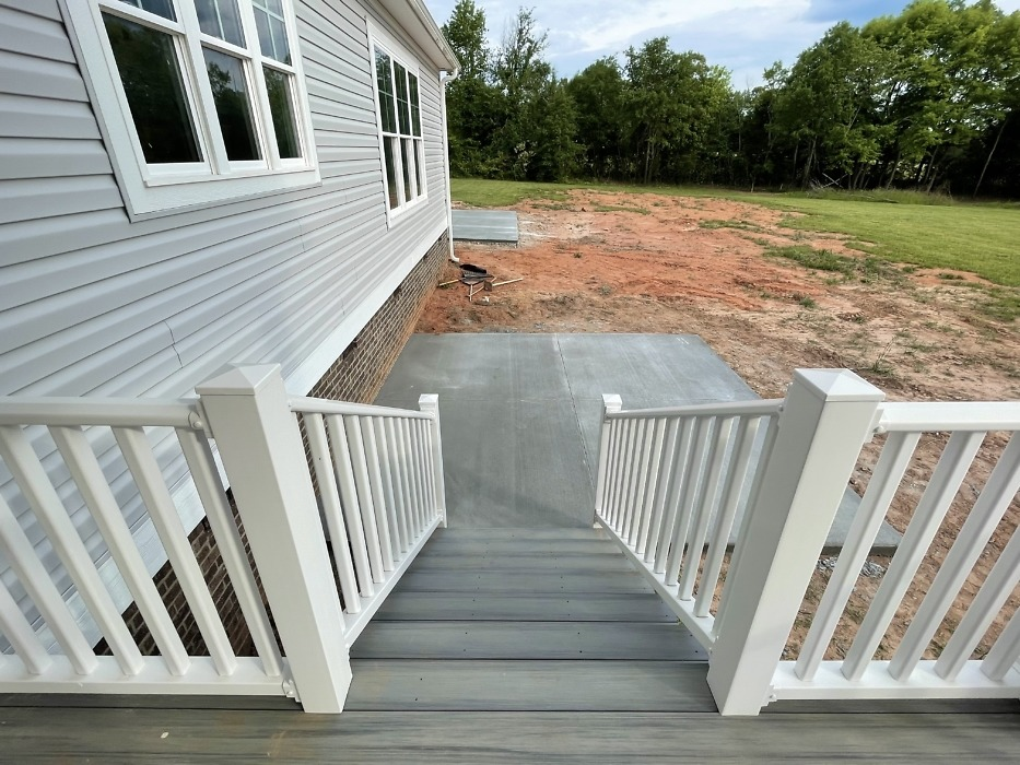 Rear patio of The Rogers plan 1383.