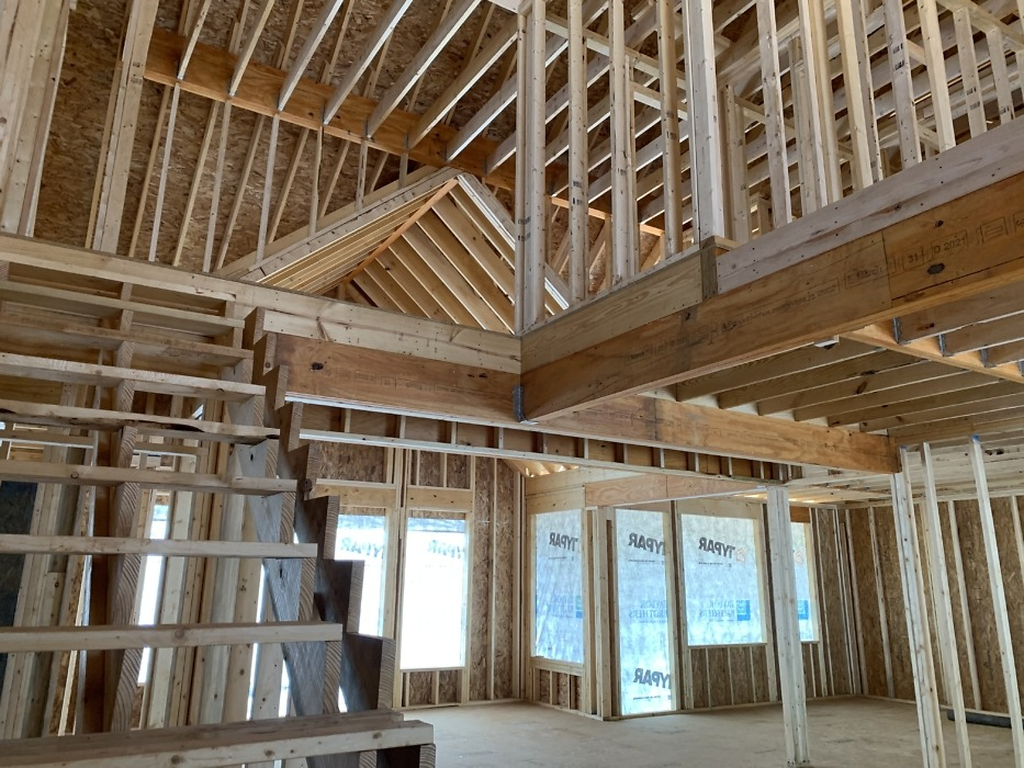 Framing of The Ivy Creek house plan 921.